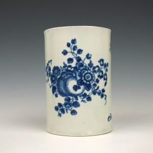Worcester Porcelain Fruit sprigs Pattern Mug c1770