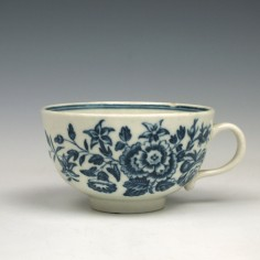 First period Worcester Three Flowers Pattern Teacup c1775