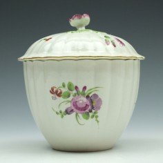 Worcester Porcelain Floral Pattern Ribbed Sucrier and Cover c1775