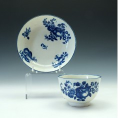 First Period Worcester Fruit sprigs Pattern Teabowl and Saucer c1770-80