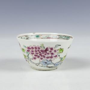 A Bow Porcelain Teabowl c1750