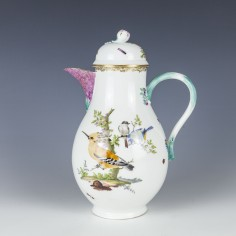 A Very Fine Meissen Porcelain Coffee Pot c1765