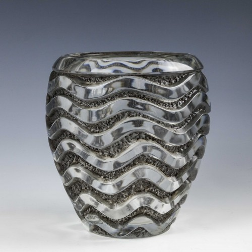 A Fine Rene Lalique Meandres Vase Designed 1934