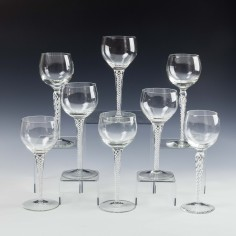 Eight Vintage Air Twist Wine Glasses