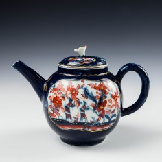 Lowestoft Porcelain Teapot and Cover c1768