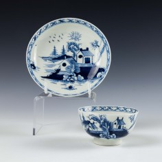 Lowestoft Porcelain Two Pagoda Pattern Tea Bowl and Saucer c1775
