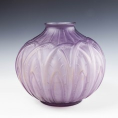 D'Avesn Designed Vase for Cristallerie de Saint Remy c1920