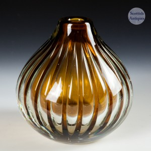 An Ariel Orrefors Vase By Edvin Ohrstrom c1950