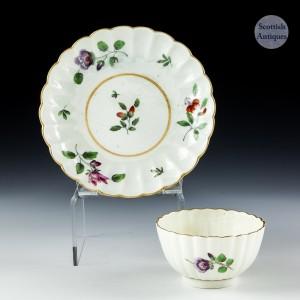 Worcester Porcelain Scalloped Tea Bowl And Saucer c1775
