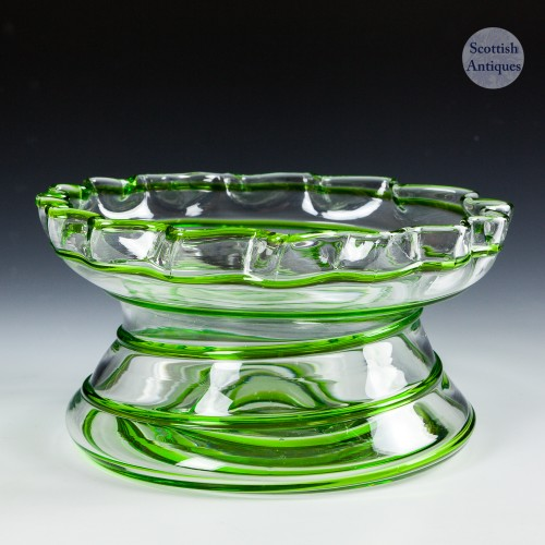 A Stuart & Sons Art Nouveau Green Trailed Bowl c1910