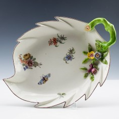 Chelsea Red Anchor Period Leaf Dish c1755