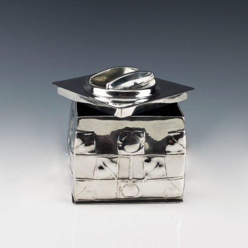 Archibald Knox for Liberty & Co Tudric Pewter Biscuit Box c1905