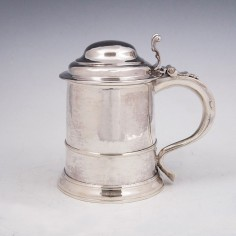 VG Georgian Sterling Silver Lidded Quart Tankard 1729