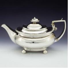 Georgian Sterling Silver Teapot Lodon 1818