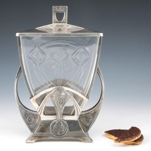 WMF Secessionist Crystal-Lined Polished Pewter Biscuit Box 1906