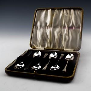 Set of Six Sterling Silver Teaspoons Sheffield 1951