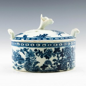 """Worcester Porcelain """"Fence"""" Pattern Butter Tub c1775"""