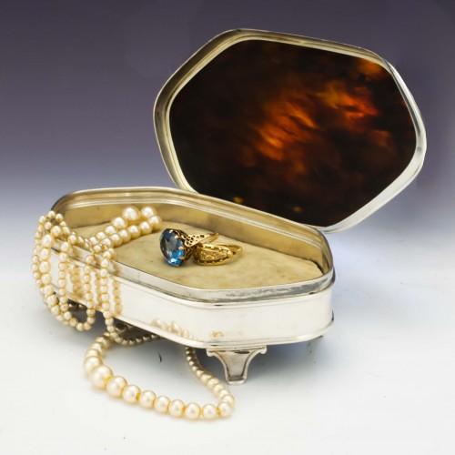 Sterling Silver and Tortoiseshell Trinket Box Birmingham 1902
