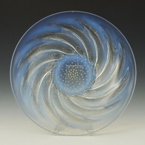 Rene Lalique Opalescent Poissons Coupe Plate Designed 1931