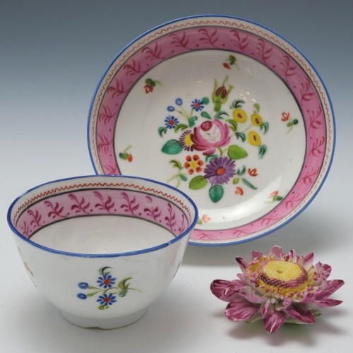 New Hall Porcelain Pattern 1180 Teabowl and Saucer c1815