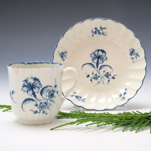 Worcester Gilliflower Pattern Coffee cup and Saucer c1775