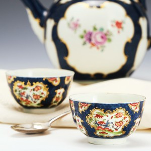 Pair of First Period Worcester Scale Blue Tea Bowls c1770