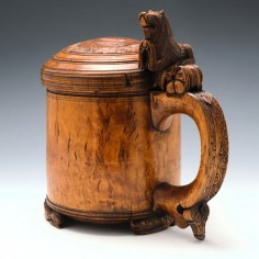 Very Large 18th Century Carved Burr Wood Ceremonial Lion Peg Tankard Norway