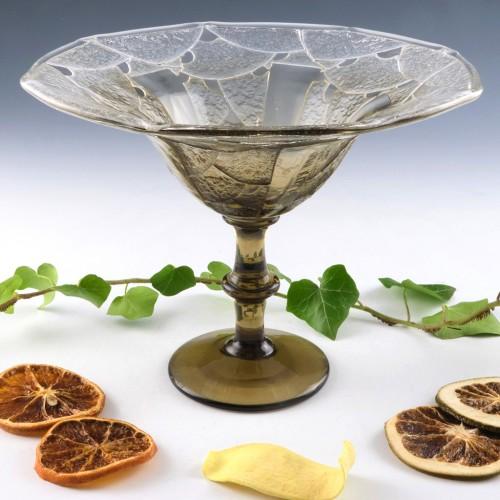 Schneider Smoked Glass Stem Coupe Bijoux 1927-29