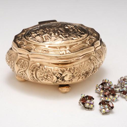 Victorian Silver Gilt Trinket Box  William Hutton London 1899