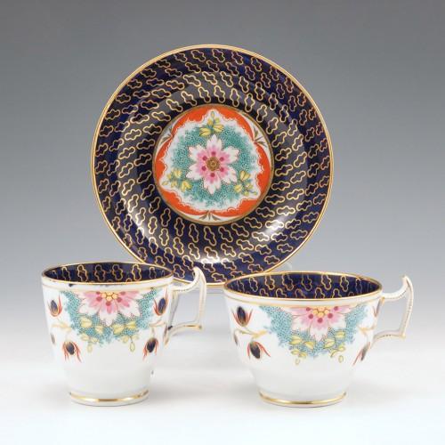 A Chamberlains Worcester Porcelain London Shape Trio