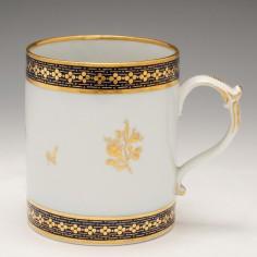 A Worcester Flight and Barr Porcelain Mug c1800