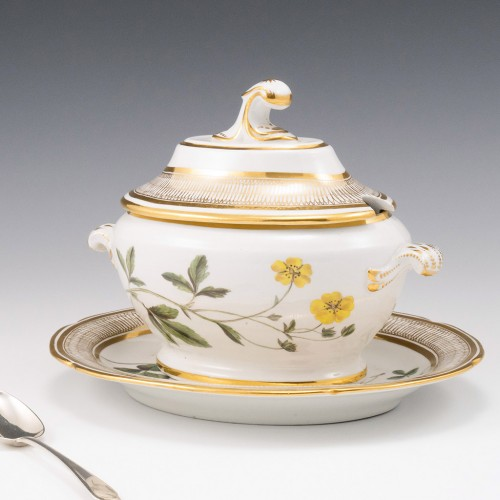 A Coalport Botanical Porcelain  Dessert Tureen, Cover and Stand 1805-10