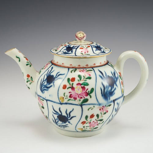 A Worcester First Period Porcelain  Teapot and Cover c1770