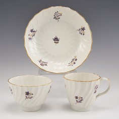 Worcester Flight Period Porcelain Trio of Shanked Form c1790