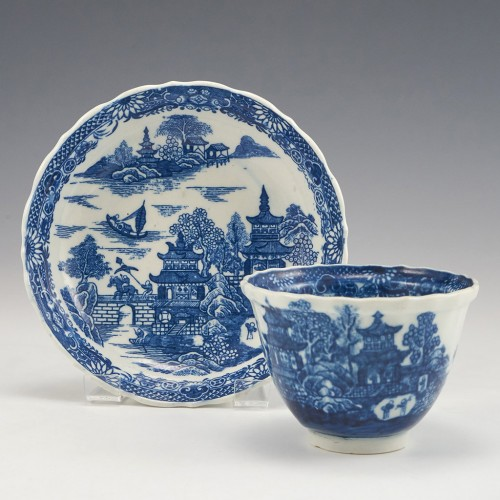 A Caughley Porcelain Fluted Tea Bowl and Saucer 1780-85