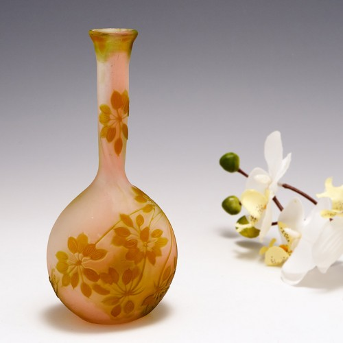A Galle Cameo Glass Vase 1905-08