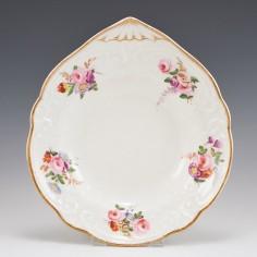 A Marked Nantgarw Porcelain Shell Shaped Dish c1820