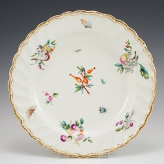 A Chelsea- Derby Porcelain Scallop Rimmed Plate c1775