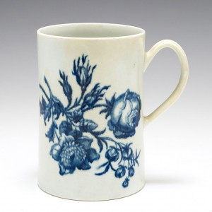 A Worcester Blue and White Porcelain Mug Natural Sprays Group c.1780