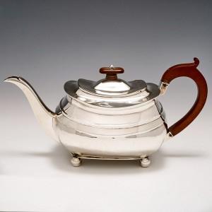A Sterling Silver Teapot London 1809