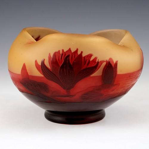 Paul Nicolas D'Argental Tricorn Cameo Waterlillies Vase c1920
