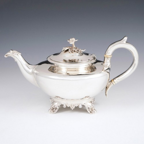 William IV Sterling Silver Teapot London 1835