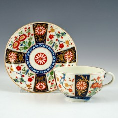 Worcester Queen's Pattern Tea Cup And Saucer 1768-74