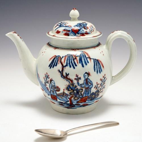 A Liverpool Seth Pennington Porcelain Teapot and Cover c1790