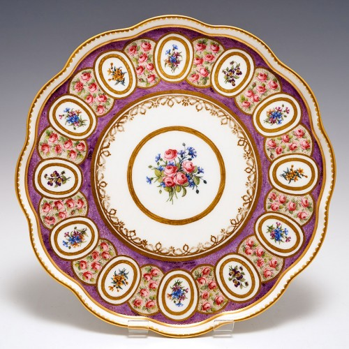 A Sevres Porcelain Ice Cup Tray or Stand (Soucoupe a Pied)  c1770