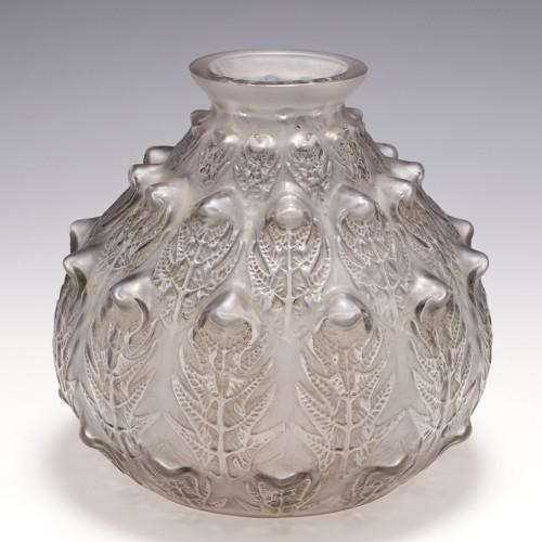 A Rene Lalique Fougeres Vase Designed 1913 Marcilhac 923