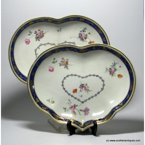 Pair Chelsea-Derby Kidney Shaped Dishes c1775